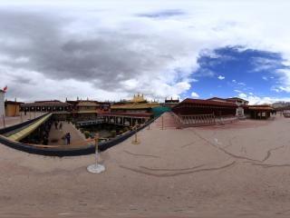 西藏大昭寺全景