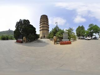 陕西—岭山寺塔全景