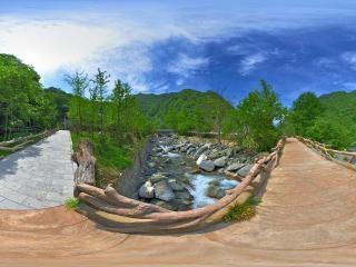 湖北—神农架官门山神农天堂木桥