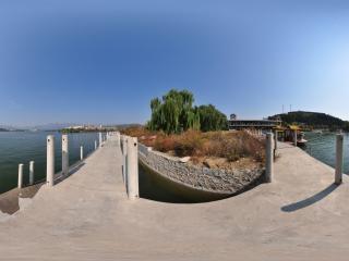 望龙湖-桥上观景全景