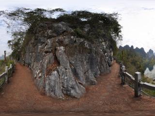 广西—桂林俯瞰冠岩全景