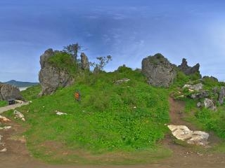神农顶板壁岩全景