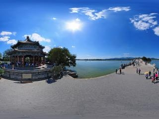 北京—海淀颐和园十七孔桥头