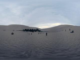 鸣沙山全景