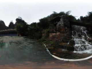 宝峰湖瀑布全景