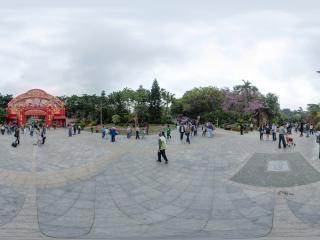 正门广场全景