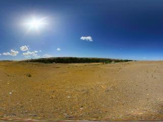 戈壁滩上的沙丘灵塔