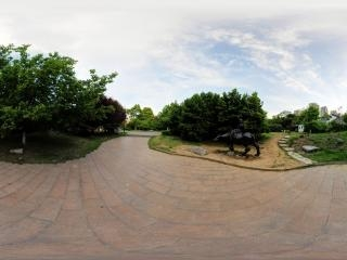 牧童雕像全景