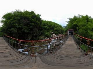 情人桥全景