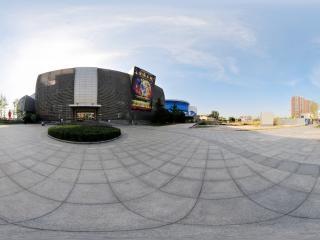 北京—北京欢乐谷地铁出口广场全景