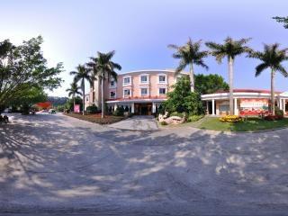 银湖大酒店
