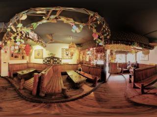 来去酒吧客栈休息区全景