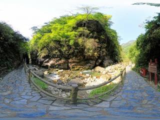 锦鸡峡全景