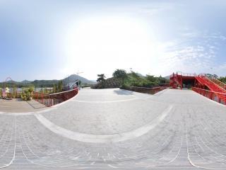 湿地廊桥远观