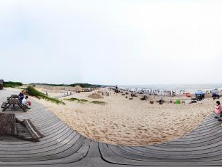 海滨浴场全景