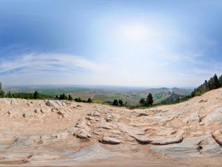 乾陵山顶全景
