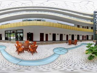 红河谷大酒店大堂全景