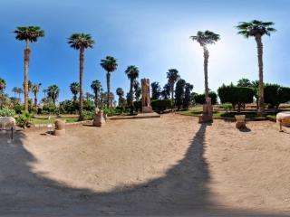 埃及—孟菲斯拉米西斯神像全景