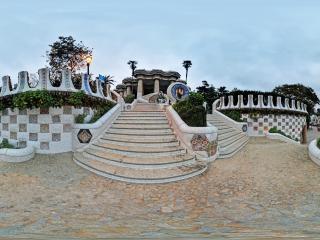 西班牙—巴塞罗那高迪公园