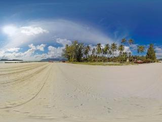 兰卡威-珍南海滨全景