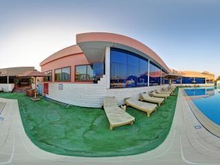 开罗-莫凡彼酒店-游泳池全景