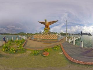 兰卡威-巨鹰广场2全景