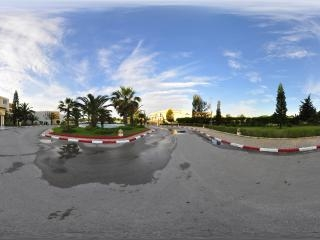 突尼斯拉曼达酒店入口全景