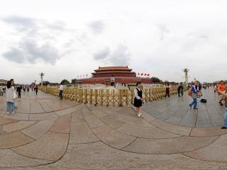 北京—国庆节前的天安门广场全景