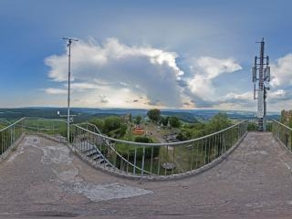 城堡内发射塔上全景