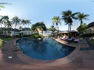 泰国-邦道湾游泳池全景