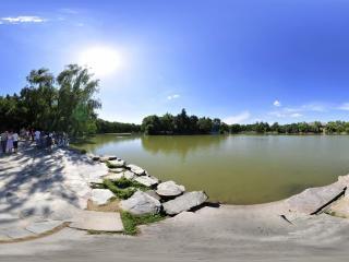 未名湖全景