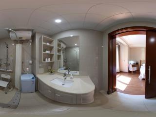 1-1洗手间全景