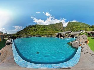 温泉一期-游泳池全景